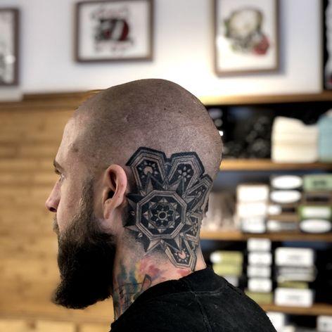 Got to finish this up on @thor_wang_denmark ⚔️ Tak min ven?? • #tattoos #art #tattooartist #denmarktattoo #dansketato #tattoosofig #tattooedlife #electrumstencilprimer #flashworkers #tattooed #tattoooftheday #copenhagentattoo #københavn #kbh #walkins #t