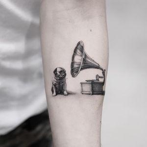 Dog tattoo by Oscar Akermo #OscarAkermo #dogtattoos #dogtattoo #dog #animal #petportrait #pet #love #family