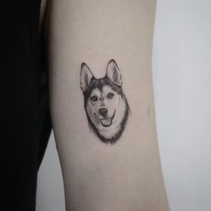 Dog tattoo by Youyeon #Youyeon #dogtattoos #dogtattoo #dog #animal #petportrait #pet #love #family