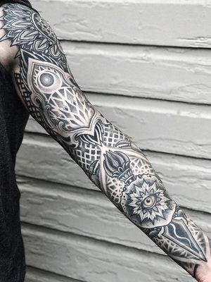 Sleeve tattoo by Aries Rhysing #AriesRhysing #sleevetattoos #legsleeve #armsleeve #sleeve #fullsleeve #halfsleeve #tattooidea #eye #dotwork #Linework #pattern #mandala #fire #sacredgeometry
