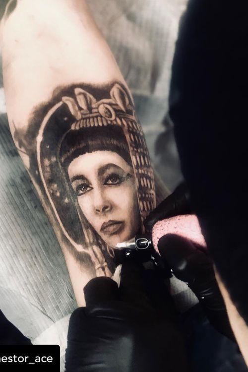 Artist: Nestor_ace     #vancouver #vancouvertattoo #vancity #vancouverisland #realism #tattoobooth #burnabybc #surreybc #langleybc #surreybc #besttattoos #bestrealism #bc #westcoast