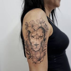 Tattoo by Tatuadouro