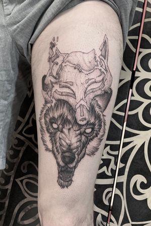 ◾️the good & the bad◾️ #wolf #fox #mask #blackwork