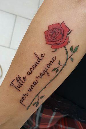 Scritta con rosa linea fine