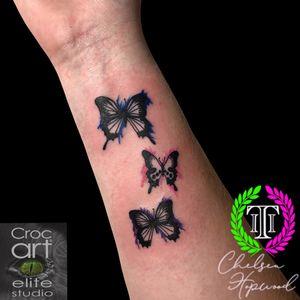 Cute butterflies w/ colour splashes. #butterfly #butterflytattoo #cutetattoos #girlytattoos #colourtattoos #coloursplash #smalltattoos