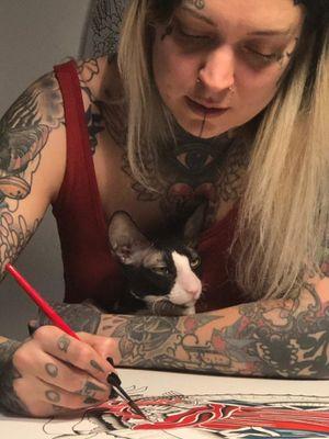 Female Tattooers - Iris Lys #IrisLys #FemaleTattooers #ladytattooers #ladytattooartist #femaletattooartist