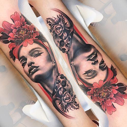 Custom piece #wip #ttism #ttt #tattoodesign #tattooidea #lineworktattoo #tattooage #tattooflash #medusatattoo #iblackwork  #blxckink #surrealism #london #cooltattoos #blackandwhite #besttattoos #txttoo #germanytattoo #bodyartmag #femaletattooartist #ttblackink #blackworkerssubmission #sexytattoo #uktta #freestyle #radtattoos #abstracttattoo #abstractart #abstractartist #watercolor @theartoftattooing @uktta @tattooistartmag @theartoftattoos @tattoo.hub @tattoodo @watercolourtattoos @colorful.tattoos @londontattooguide @tattoosnob @tattoos_of_insta_bme @best.tattoo.styles @equilattera @world_of_newschool @ladytattooers
