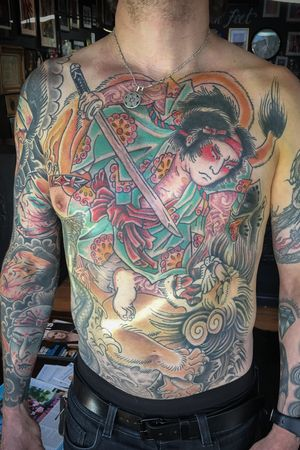Samurai vs sweedish lion!! ************************************** ⚡️FOR APPOINTMENTS ⚡️ 📧info@thirteenfeettattoo.com ☎️(02)79030713 #robsloantattoo #DETH #tattoo #darlingsquare #smalltattoos #stickandpoke #handdrawn #문신 #татуировка #trust #loyalty #traditional #traditionaltattoo #americanatattoo #tattouage #tattoo #sydney #sydneytattoo #yoga #foodie #australia #butcherstattoobalm @butcherstattoobalm @thirteenfeettattoo @darlingsquare @robsloantattoo