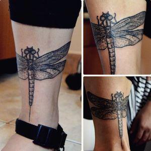 Finished this dragonfly today💙 p.s.: I need new glasses... #dragonfly #dragonflytattoo #practice #learning #learningtotattoo #everythingpossible #tattoos #tattoolifestyle #tattoonewbie #ink #inked #daretochange #daretobedifferent #workingheroes #beginnertattooartist #tattooedgirls #tattooworkers #inkstagram #tattoosession #myinkprints2019