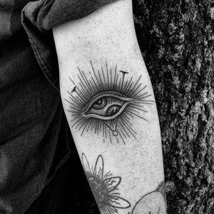 The deamon is taking over... 👁 Thanks Sebastian! #blackwork #darkart #tattoo #occult #art #exorcist #gothic #witchcraft #heathen #medieval #azazel #woodcut #blackwork #williamsburg #brooklyn #NYC