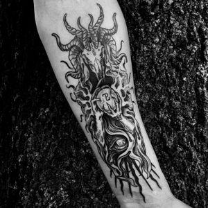 Laplace's Demon 👁 Thanks you John! 🤘🏻 All linework/woodcut is healed, bottom part shading is fresh. 🗡➕➕➕➕➕➕➕➕➕➕➕➕➕➕➕➕➕➕➕➕➕➕➕➕➕➕➕➕➕➕➕➕ #blackwork #medieval #woodcut #woodcuttattoos #death #engravingtattoo #linework #engraving #illustration #occult #woodcuttattoo #tattoo #medievaltattoo #alchemy #magick #witchcraft #heathen #medievalism #tattoodo #NYC #blackwork