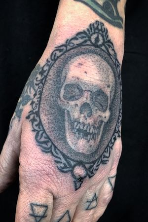 Done by Julius Vargas Paragon Tattoo