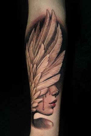 """THE WING GIRL"" @poppinowillinkya  #tattoo #tattoos #tat #ink #inked #TFLers #tattooed #tattoist #coverup #art #design #sleevetattoo #healed  #photooftheday #tatted #bodyart #tatts #tats #amazingink #tattedup #poppino #inkedup #inkspired #kladovo #tetovaze #tatz #tetoviranje #sullenart #sullenclothing #cheyennetattooequipment"
