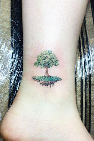#tree #plant #island #color #microblading #fineline #linework #singleneedle #realistic