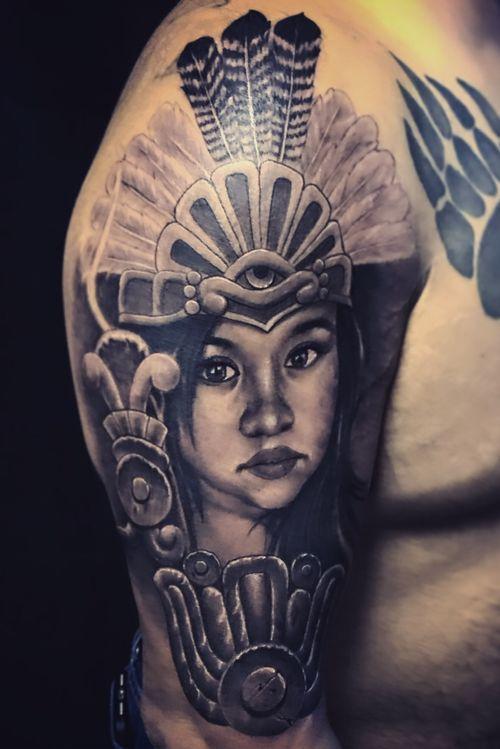 #aztecflowers #grifostylotattoo #grifostylo #tat2life #puravida  #elvicio #lb #puratintattoostudio #itsnotmyjobitsmylifestyle #inkceremony #mexicanochingandolecabron #puravida #SJ #tattooartist #lifestyle #tattoos #Bayarea  #eldeguadalajara #guanatos #guadalacalifornia deguadalajarapalmundo #artetapatio #ritualdedolor #orale #ayloswacho Facebook @chava grifo Stylo Padilla @grifo Stylo Tattoos  Instagram @grifotat2s  Twitter @grifo_stylo  YouTube grifo Stylo