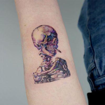 Skeleton tattoo by Tattooer Manda #TattooerManda #skeletontattoos #skeletontattoo #skeleton #bones #skull #death #anatomy #anatomical #vangogh #watercolor #color #illustrative #arm
