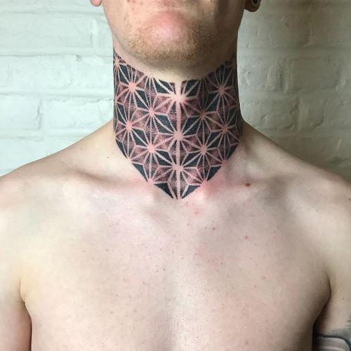 Neck tattoo by Courtney Lloyd #CourtneyLloyd #FemmeFatale #Traditionaltattoo #GirlyTraditional #Traditional #newschool #color #tattooartist #London #UK #dotwork #sacredgeometry #neck #pattern #necktattoo