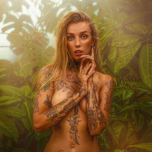 Portrait of Courtney Lloyd by Sebastian J Xavier #CourtneyLloyd #SebastianJXavier #FemmeFatale #Traditionaltattoo #GirlyTraditional #Traditional #newschool #color #tattooartist #London #UK