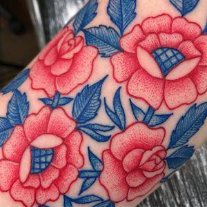 Best Tattoodo App tattoo by Deathsure aka Robert WIlden #RobertWilden #Deathsure #TattoodoApp #TattoodoApptattooartist #tattooartist #tattooart #tattooidea #inspiringtattoo #besttattoo #arm #flower #floral #pattern #dotwork #illustrative #rose