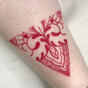 Girly Traditional tattoo by Courtney Lloyd #CourtneyLloyd #FemmeFatale #Traditionaltattoo #GirlyTraditional #Traditional #newschool #color #tattooartist #London #UK #linework #dotwork #redink #pattern #ornamental #floral #leg