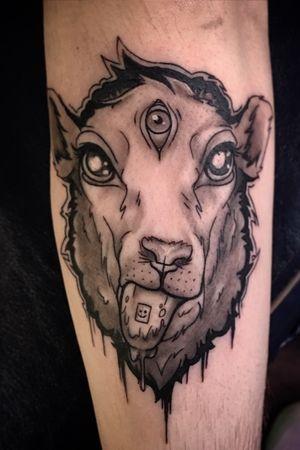 Another collab with the homie @mrdaydreamart 👨🏽🎨 • #jpicaso97 #unrealink #tattoos #blackandgrey #bishoprotary #empireinks #bodyart #ink #art #tattooideas #michigan #grandrapids #michigantattooartist