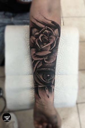 #poland#polska#whipshading#blackandgrey#tattoo#tattoos#eye#rose