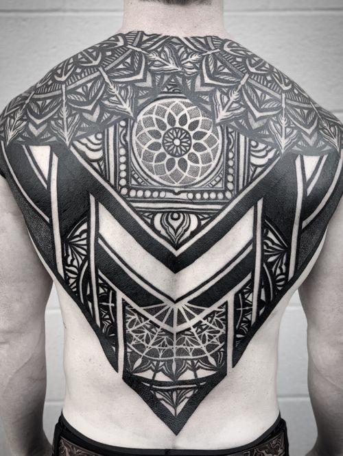 #backtattoo #patterntattoo #mandala #mandalatattoo #blackand grey