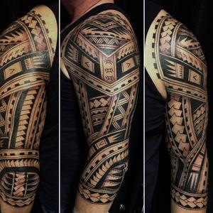 @westend.tattoo_wien #tattoos #tattoo #wienwestendtattoo #wientattoos #wientattoo #gutitattoo #fullarmtattoo #polynesiantattoo #polynesischetattoo #fullarmmaoritattoo #blackinktattoo #maoritattoo