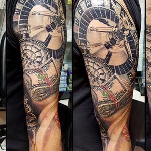westend.tattoo_wien #armtattoo #lasvegastattoo #blacktattoo #colourtattoo #vegastattoo #moneytattoo #casino #tattoist #watchtattoo