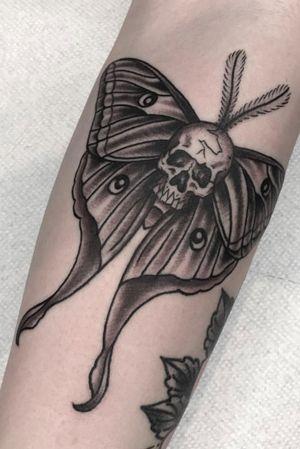 IG: Larrazolo_tattoo