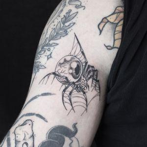 OMNISCIENT SPIDER/ Bookings: mikeend666@gmail.com or DM #tattoo #spider #spidertattoo #eye #eyeball #eyetattoo #fineline #finelinetattoo #blackwork #blackworktattoo #paris #london #berlin #lyon #paristattoo #darktattoo #dark
