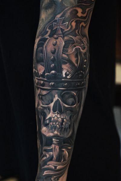 #skull #skulltattoo #kingscrown #crown #crowntattoo #vetoe #vetoetattoo