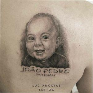João Pedro #portrait #baby #babyportrait #blackandgrey