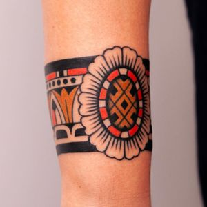 Arm band tattoo by Vic James #VicJames #armband #armbandtattoo #band #bracelet #bands #color #traditional #pattern #floral #flower #ornamental #arm