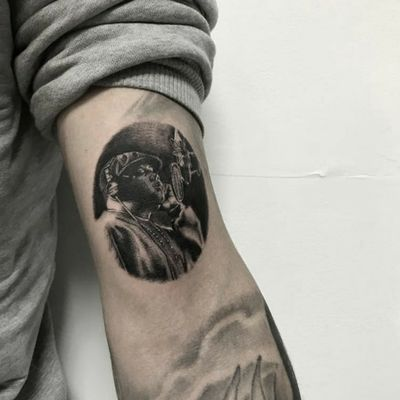 when i die i wanna go to hell 9*7cm 💥 BOGOTÁ . . . #biggiesmalls #tattoos #tattooed #notoriusbigtattoo #inked #artist #hiphop #artgram #tattooergirl #colombia #thebesttattooartist #losmejorestatuajescolombia #colombiaink #blackandwhite #shades #biggietattoos #realismosombras #minimalismo #minirealismo #fkspectraxion