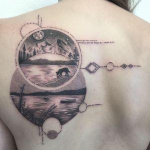 #tattoooftheday #tattoo #tatouage #paysage #landscape #landscapetattoo #geometrictattoos #geometrictattoo #geometric #dot #dotwork #dottattoo #dotworktattoo #dotworker #petitspoints #stippling #stippletattoo #laketattoo #mountain #mountaintattoo #moontattoo #lausanne #lausannetattoo #tattoolausanne #fann_ink