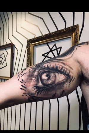 • @nestor_ace #eye #tattoo #tattoos #tattooideas #tattooed #tattoorealistic #tattoooftheday #ink #inked #vancouver #vancouverbc #vancouverisland #vancouvertattooartist #vancouvertattoo #burnabybc #langleybc #surreybc #newwestminsterbc