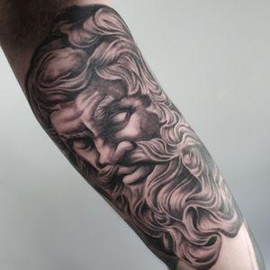 #tattoo #tattoos #tattooist #tattooartist #blackandgrey #blackandgreytattoo #realistictattoo #realismtattoo #portrait #zeustattoo #greekgod #greekmythology