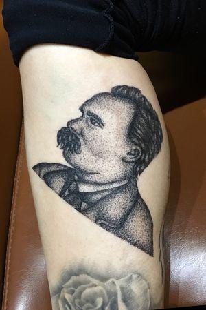 Friedrich Nietzsche para @johanaranja #pointillismtattoo #dotwork #dotworkers #puntillismotattoo #pointilism #friedrichnietzsche