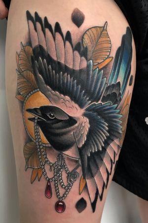 Magpie thigh piece