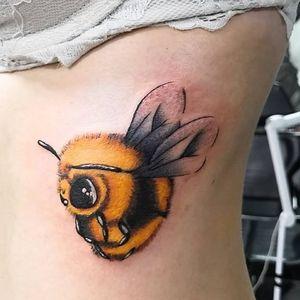 #tattoo #focus #alwayslearning #tattoo #loveit #happy #ilovemyjob #doitwithlove #thankful #colortattoo #beetattoo