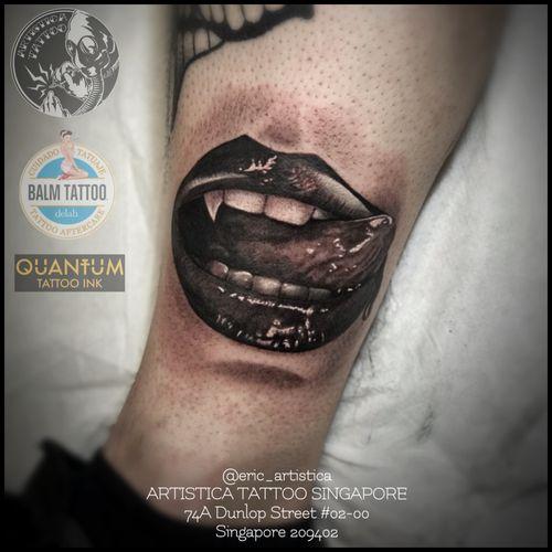 Did this during my rome trip. Vampire lips as requested. Black and grey piece.🤘🏻 #tattoo #tattooed #tattoosocial #ilovetattoos #tattoolover #sgtattoo #singaporetattoo #vampirelip #blackandgreytattoo #rome #legtattoo #corelatinotatuaggi #italy #artistica #artisticasingapore #artisticatattoo #ericartistica #ericlohtattoos #balmtattoo #balmtattoosg #balmtattooteamsg #balmtattooartist #balmtattoosingapore #dragonbloodbutter #quantumtattooink #quantumtattooink_sea #criticaltattoosupply #nedzrotary #stencilanchored