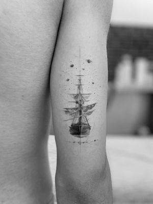 Sail #ship #blackandwhitephoto #geometrical lines #finelines