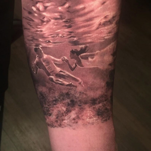 This is part of a sleeve on my good client Jeff, it's a picture of him and his wife on their wedding day, I was all about this idea the moment he mentioned it.