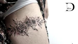 Tattoo on scars from burning #loveyourflaws #loveyourself 💜💜💜💜 #missD #missDtattoos #missDtattoo #lovethedot #thedottattooboutique #scars #scarscoverup #tattooonscars #scarstattoo #flowers #flowerstattoo #flowertattoo #floral #flowertattoos #blackandgraytattoo #blacandgrey #blackandgreyrose #blackandgraytattoos #blackinkdesign #neasmirni #neasmyrni #Athens #Greece #femaletattooartist #femaletattooer #femaletattooist #loveyourbody