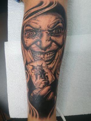 Haven't you ever heard of the healing power of laughter? The Joker Done Whit kaco Tattoo machine.  Entre Lagos Tattoo & Art Gallery Centralstrasse 42 Interlaken switzerland WhatsApp :079 448 35 83 Facebook :jairo ramirez art Instagram :entre_Lagos_tattoo Www.entrelagostattooartgallery.com Jairoramirezart@gmail.com