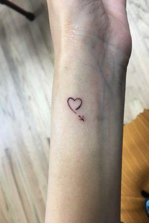 Teany tiny freehand heart. Single needle