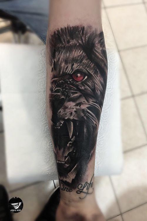 #poland #lion #liontatattoo #tattoo #tattoos #tattooed #blackandgrey #animal #animaltattoos