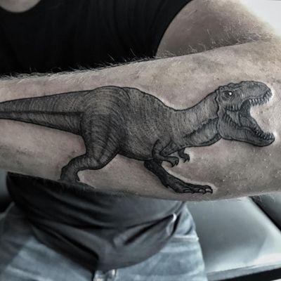 T- Rex Sígueme en Instagram como @dhana.erika.flan . . . . #dinosaur #trextattoo #ink #inked #details #nice