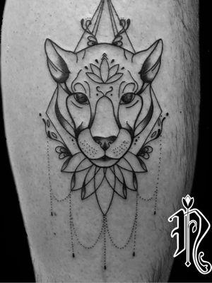 Geometriclioness Done a wile ago #leopardtattoo #symetrytattoo #tattoos #tattoo2me #tattooideas #mandalatattoo #tattoostyle #lotustattoo #tattooformen #inkedman #inkedbabes #inked #inkedmagazine #tattoosydney #sydneytattooartist #italiantattooartist #italianiasydney #italianiinaustralia #tatuaggio #tatuaggioleopardo #sydneyaustralia